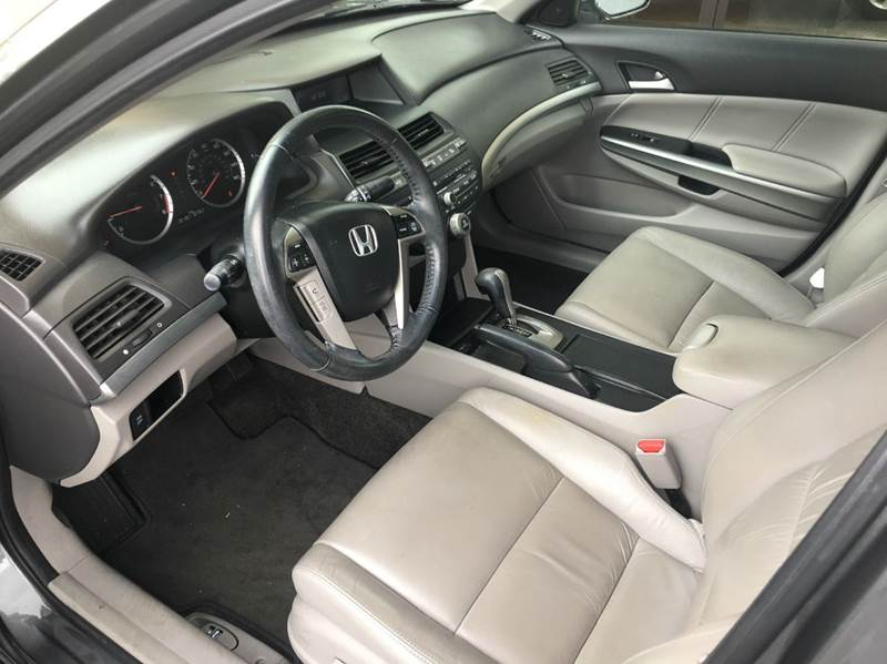 2010 Honda Accord EX-L 4dr Sedan 5A - Tallahassee FL