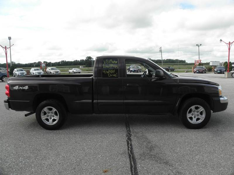 2005 dodge dakota 4wd slt 4dr club cab sb in clear lake ia. Black Bedroom Furniture Sets. Home Design Ideas