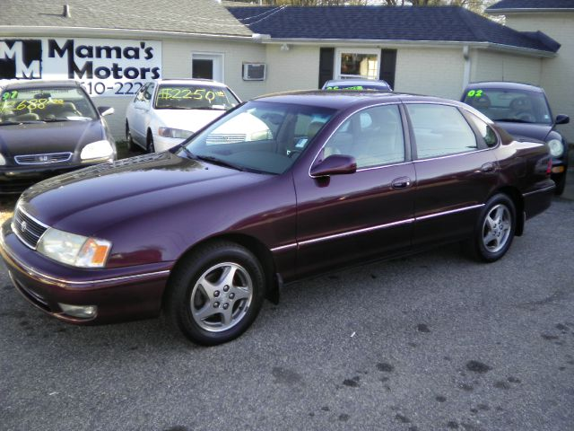 Used 1999 toyota avalon for sale for Certified motors bear de