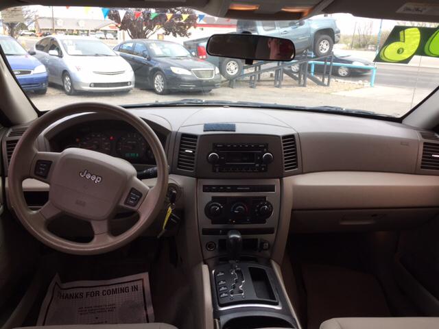 2006 Jeep Grand Cherokee Laredo 4dr SUV 4WD - Farmington NM