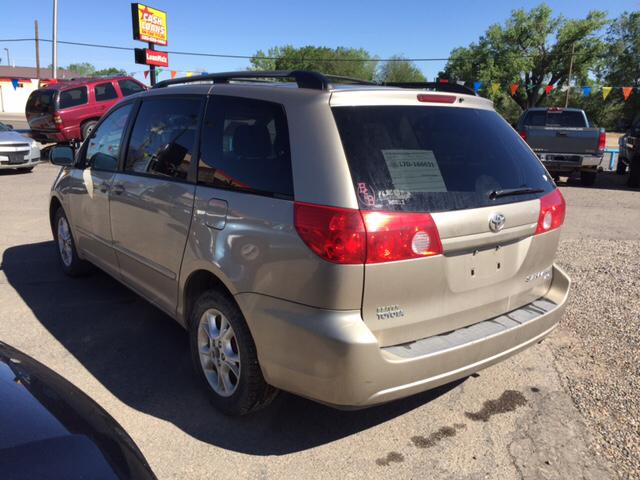 2006 Toyota Sienna LE 7 Passenger AWD 4dr Mini Van - Farmington NM