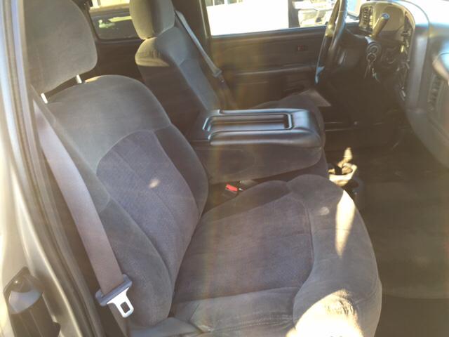 2001 Chevrolet Silverado 2500HD LS 4dr Extended Cab 4WD SB - Farmington NM