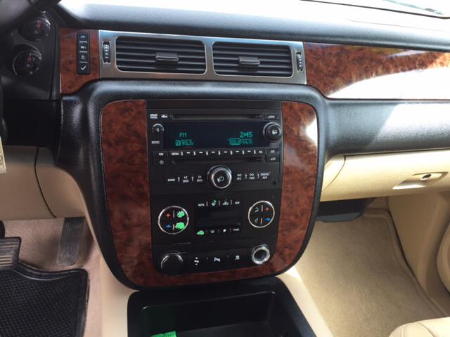 2007 Chevrolet Suburban LT 1500 4dr SUV 4WD - Farmington NM
