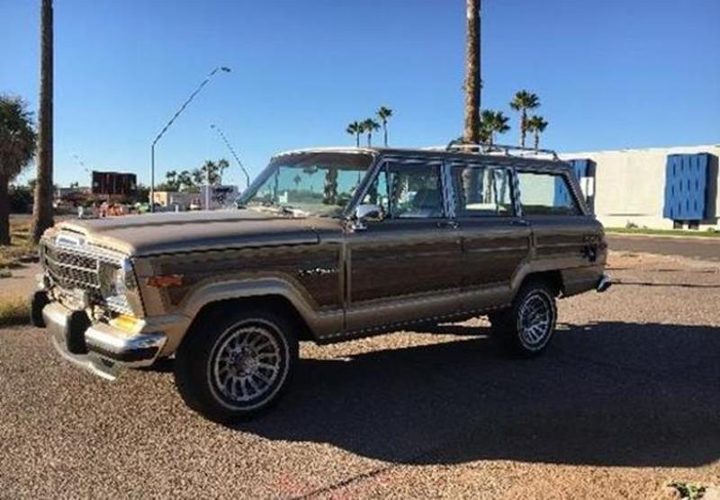 1989 Jeep Grand Wagoneer for sale in Calabasas, CA