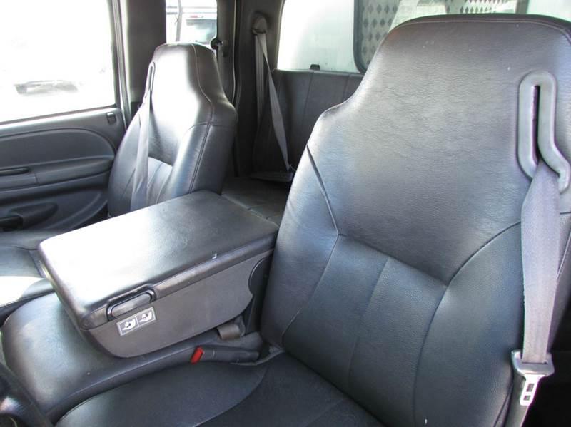 2001 Dodge Ram Pickup 2500 ST 4dr Quad Cab 2WD SB - Modesto CA
