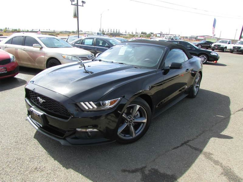 2015 Ford Mustang V6 2dr Convertible - Modesto CA