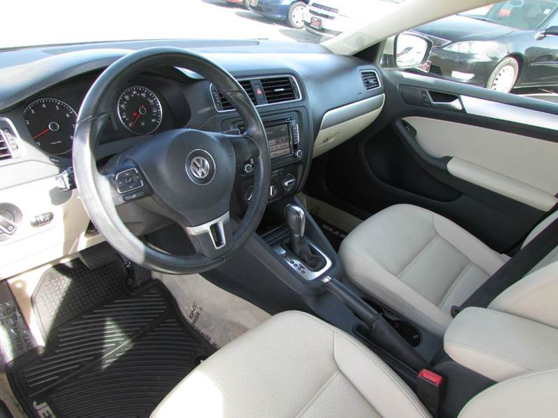 2013 Volkswagen Jetta SE PZEV 4dr Sedan 6A - Modesto CA