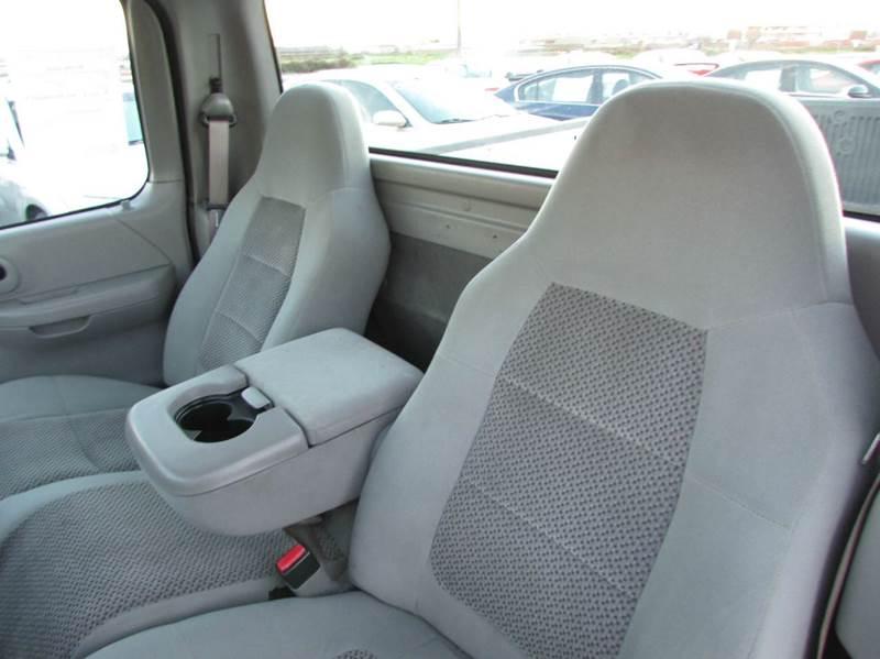 2002 Ford F-150 2dr Standard Cab XL 2WD Styleside LB - Modesto CA