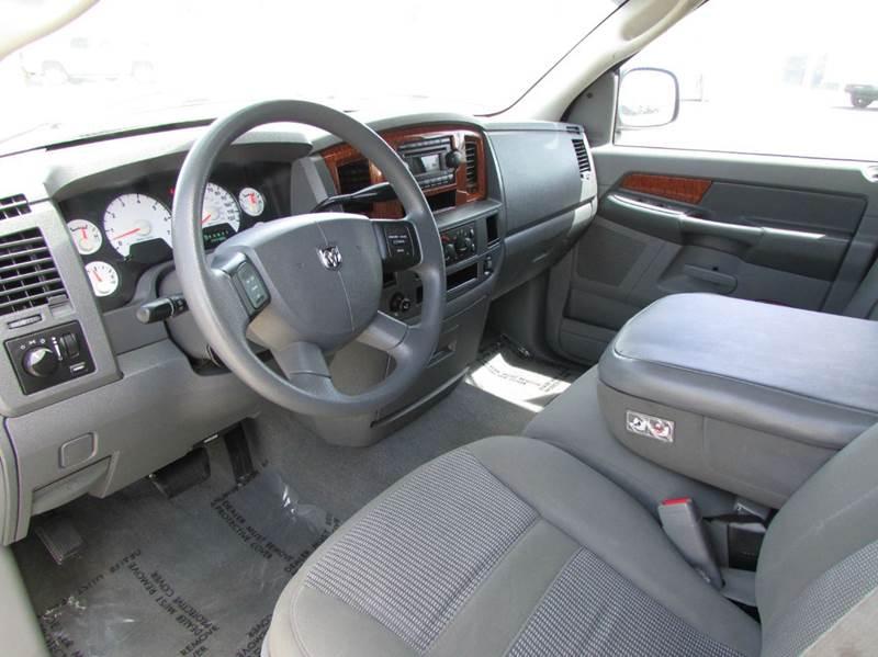 2006 Dodge Ram Pickup 1500 SLT 4dr Quad Cab SB - Modesto CA