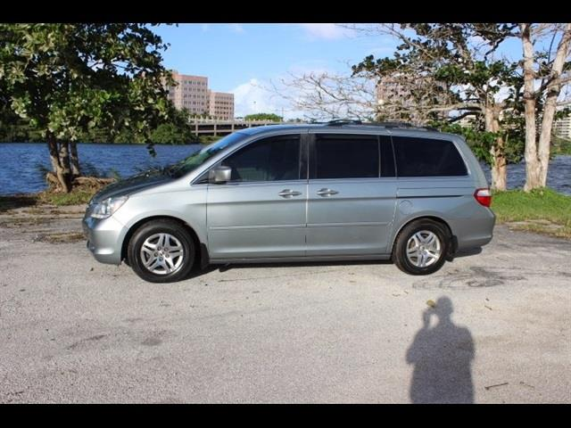 2005 HONDA ODYSSEY EX-L WDVD 4DR MINI VAN AND LEAT silver miami auto wholesale is a family owned