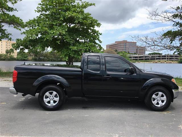 2009 NISSAN FRONTIER SE V6 4X2 4DR KING CAB PICKUP 5A black miami auto wholesale is a family owne