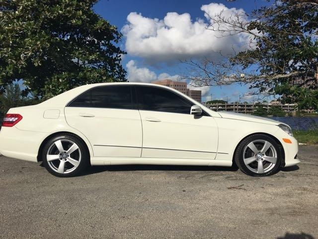 2010 MERCEDES-BENZ E-CLASS E350 LUXURY 4MATIC AWD 4DR SEDAN white miami auto wholesale is a famil