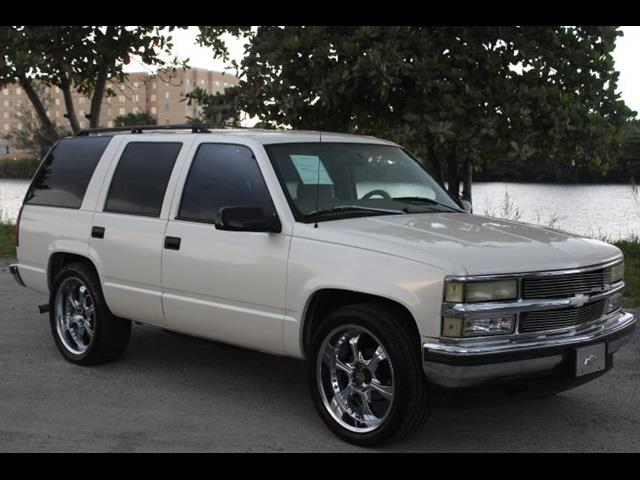 1995 CHEVROLET TAHOE LS 4DR SUV champagne just serviced ac very cold custom wheels miam