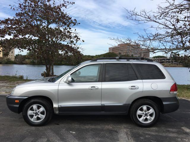 2006 HYUNDAI SANTA FE GLS 4DR SUV W27L V6 silver miami auto wholesale is a family owned and ope
