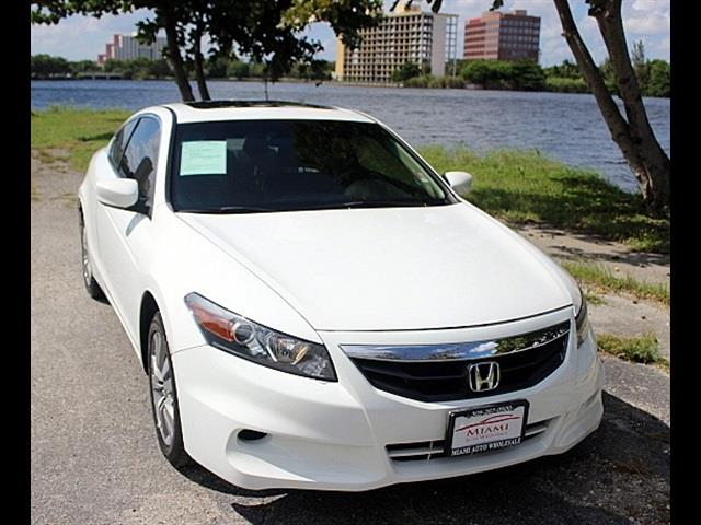 2012 HONDA ACCORD EX-L 2DR COUPE white 1 owner still under factory warranty no accidents