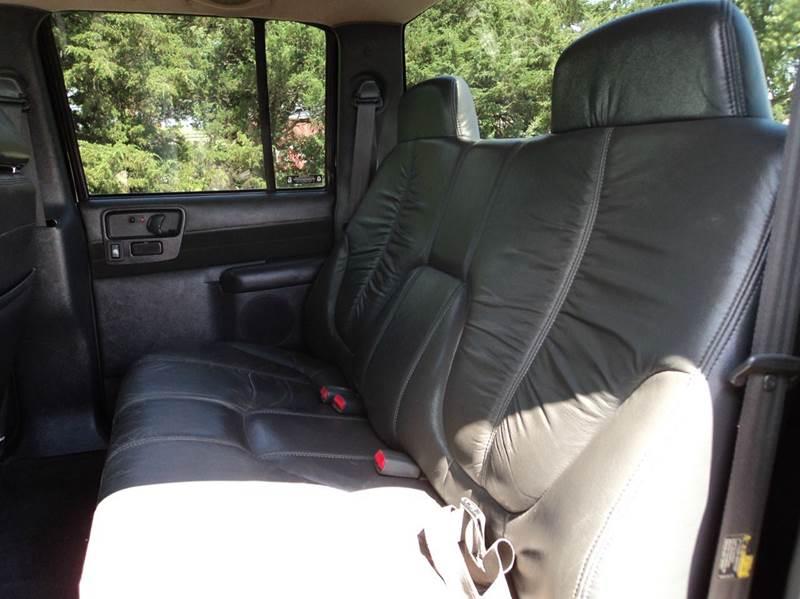 2003 Chevrolet S-10 4dr Crew Cab LS 4WD SB - Hazard NE