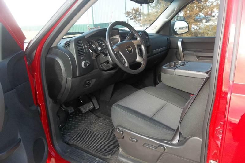 2013 Chevrolet Silverado 1500 4x4 LT 4dr Crew Cab 5.8 ft. SB - Hazard NE