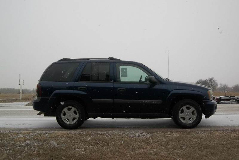 2003 Chevrolet TrailBlazer LS 4WD 4dr SUV - Hazard NE