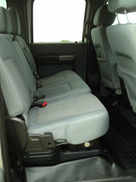 2013 Ford F-250 Super Duty 4x4 XLT 4dr Crew Cab 6.8 ft. SB Pickup - Hazard NE
