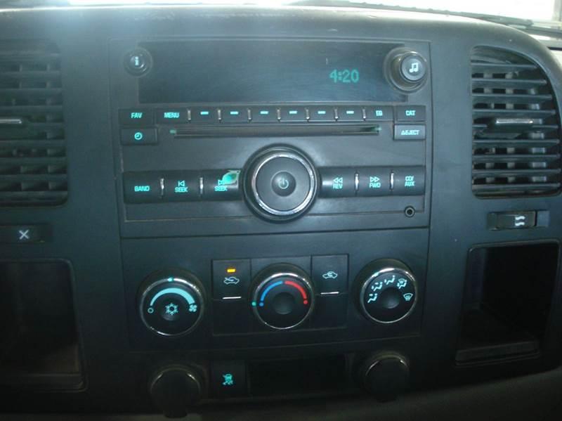 2009 Chevrolet Silverado 1500 4x4 Work Truck 2dr Regular Cab 8 ft. LB - Hazard NE
