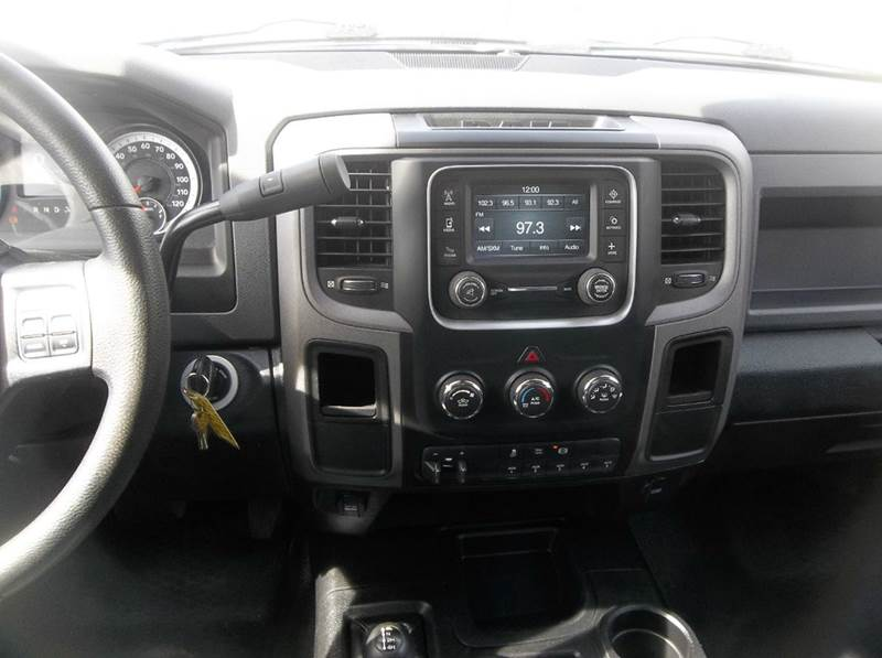 2014 RAM Ram Chassis 3500 4x4 Tradesman 4dr Crew Cab 172.4 in. WB Chassis - Hazard NE