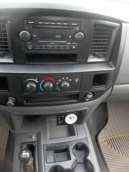 2006 Dodge Ram Pickup 2500 ST 4dr Quad Cab 4WD LB - Hazard NE