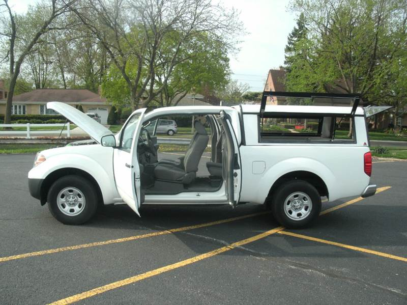2012 Nissan Frontier 4x2 S 4dr King Cab Pickup 5A - Skokie IL