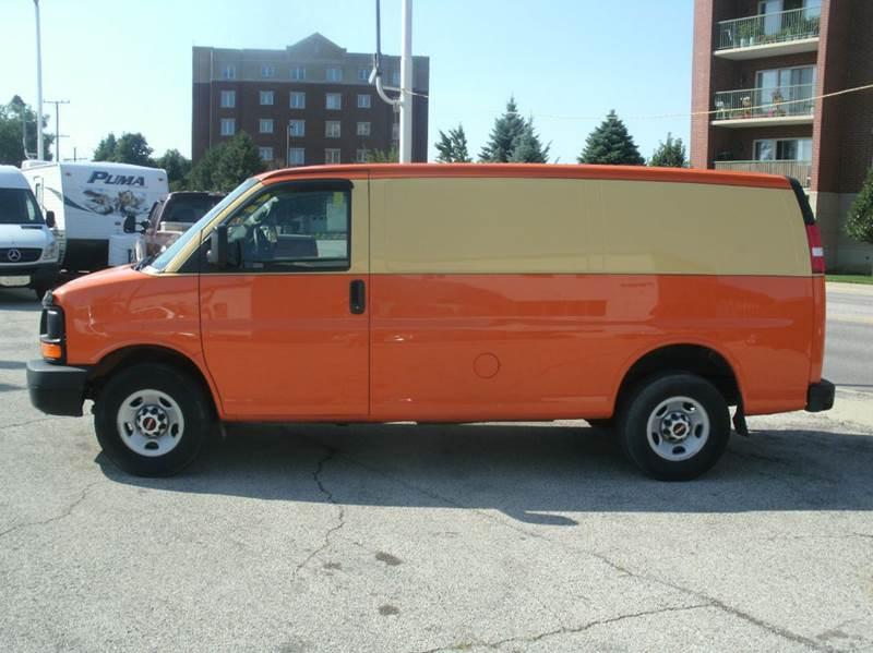 2013 GMC Savana Cargo 2500 3dr Cargo Van w/ 1WT - Skokie IL