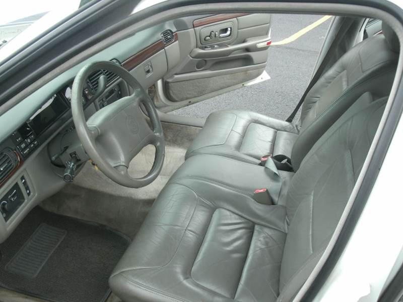 1998 Cadillac DeVille 4dr Sedan - Skokie IL
