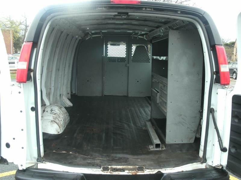 2005 Chevrolet Express Cargo EXTENDED VAN 3500 3dr Extended Cargo Van - Skokie IL