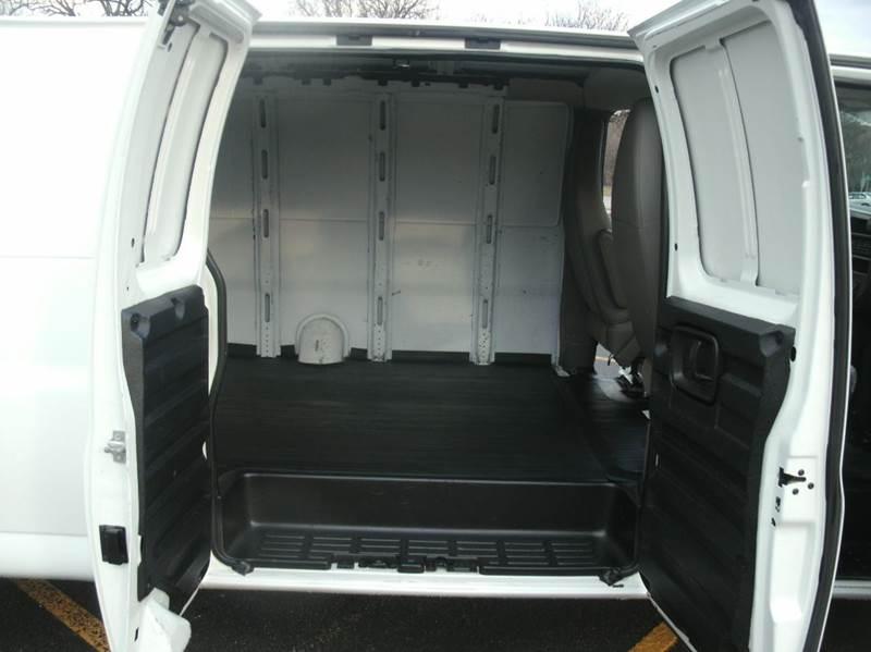 2011 GMC Savana Cargo EXTENDED 3500 3dr Extended Cargo Van w/ 1WT - Skokie IL