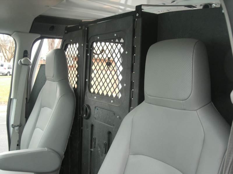 2011 Ford E-Series Cargo E-250 CARGO E-250 3dr Cargo Van - Skokie IL