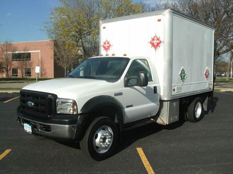 2006 Ford F-450 Super Duty WITH 2500 LBS