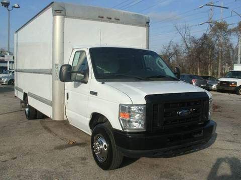 2009 Ford E-Series Chassis 16 FT BOX TRU