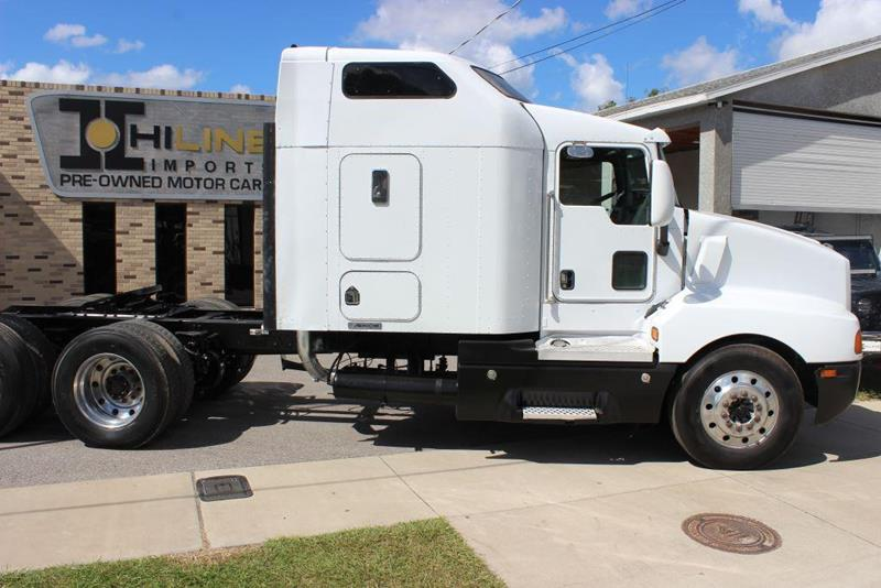 2004 Kenworth T600 for sale in Tampa, FL