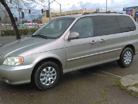 2004 Kia Sedona for sale in Fresno, CA