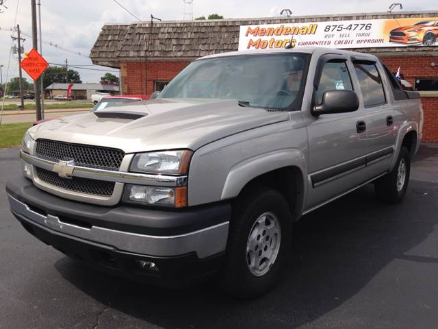 2005 chevrolet avalanche 1500 ls 4dr crew cab 4wd in decatur springfield champaign mendenall motors. Black Bedroom Furniture Sets. Home Design Ideas