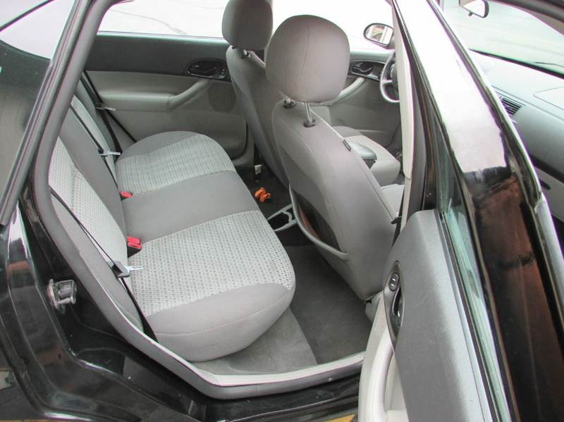 2007 Ford Focus ZX4 SES 4dr Sedan - Loves Park IL