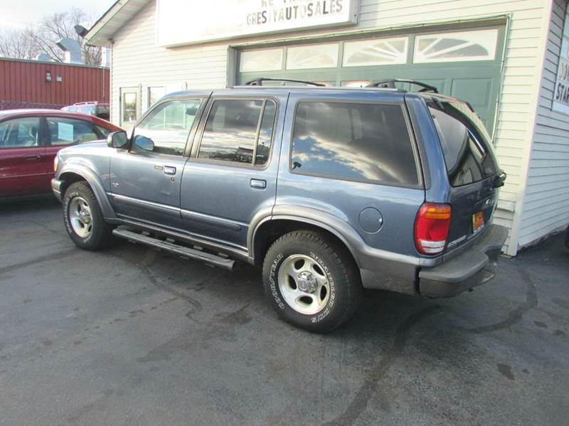 2001 Ford Explorer XLT 4WD 4dr SUV - Loves Park IL