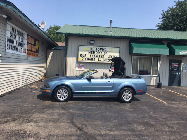 2006 Ford Mustang V6 Premium 2dr Convertible - Loves Park IL