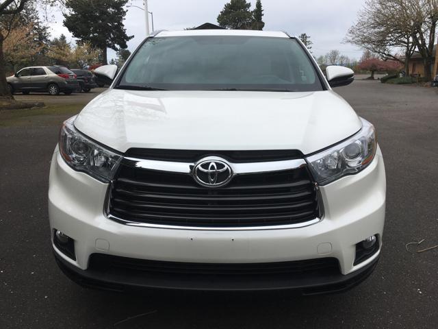 2015 Toyota Highlander XLE AWD 4dr SUV - Portland OR