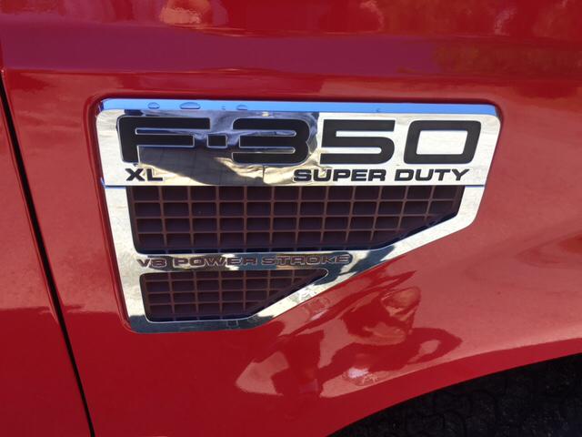 2009 Ford F-350 Super Duty 4x2 XL 4dr Crew Cab 8 ft. LB SRW Pickup w/10K Package - Scotia NY