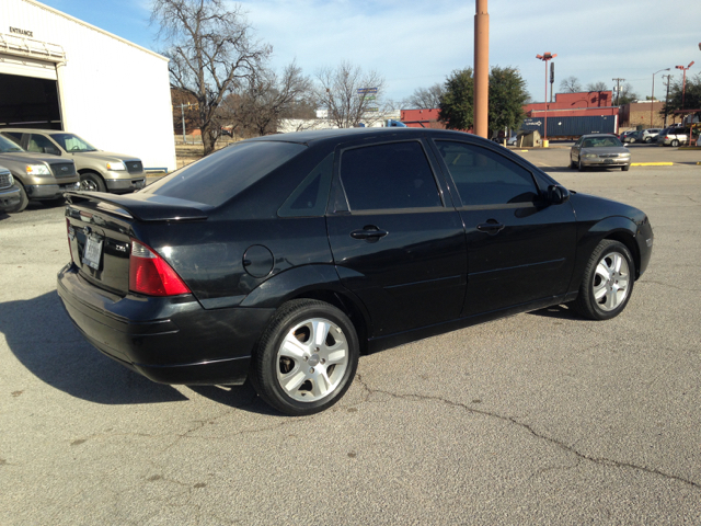 2005 ford focus zx4 st 4dr sedan in gainesville tx. Black Bedroom Furniture Sets. Home Design Ideas