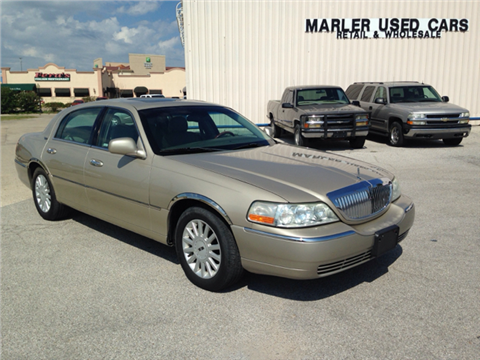 2005 Lincoln Town Car for sale in Gainesville, TX