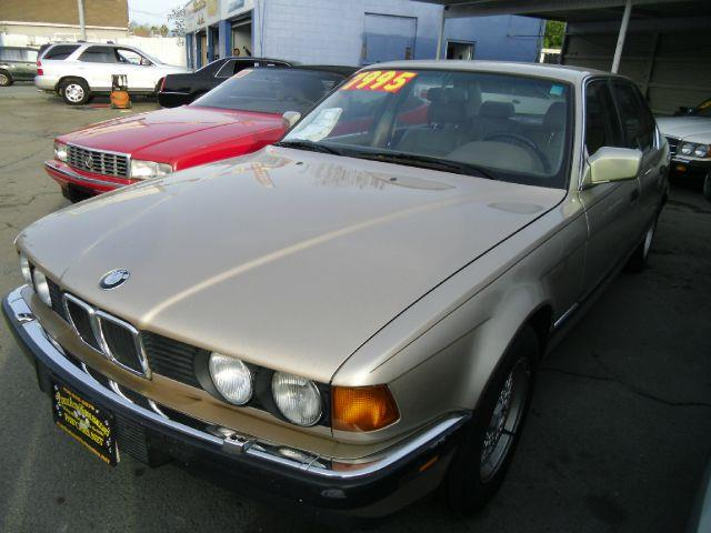 1992 BMW 7 SERIES 735IL gold abs brakesair conditioningalloy wheelsanti-brake system 4-wheel a