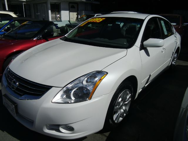 2011 NISSAN ALTIMA 25 S white abs brakesair conditioninganti-brake system 4-wheel absbody sty