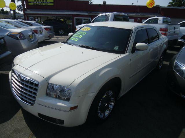 2005 Chrysler 300 for sale in SAN JOSE CA