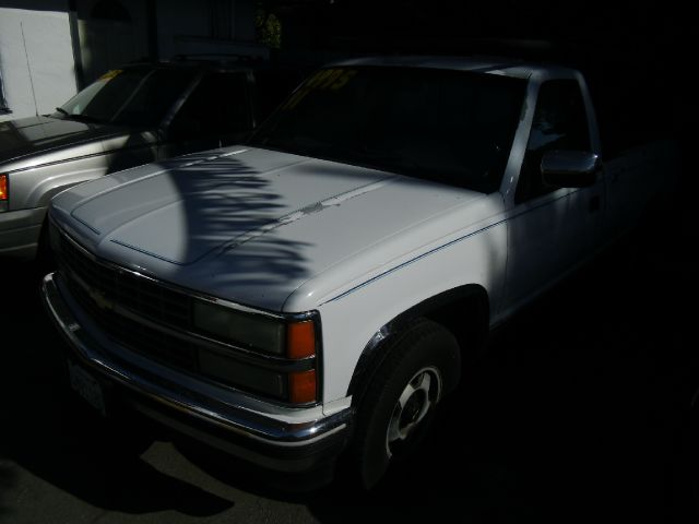 1991 CHEVROLET C1500 REG CAB WT 8-FT BED 2WD white abs brakesanti-brake system 2-wheel absbo