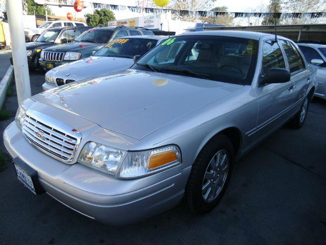 2006 FORD CROWN VICTORIA LX silver air conditioningalloy wheelsamfm radioanti-brake system no