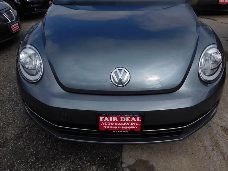 2012 Volkswagen Beetle Turbo 2dr Hatchback 6M - Houston TX